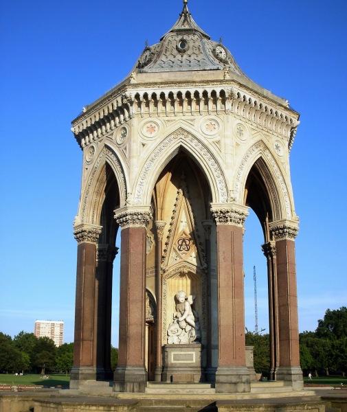 Victoria Park Monument