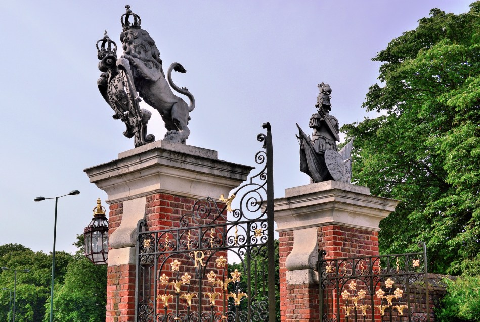 Gates - Hampton Court
