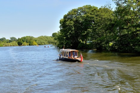 Fancy Boat - River - Windsor