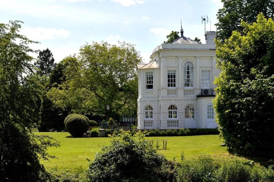 White House - River - Windsor