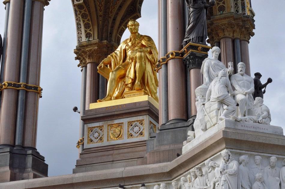 Albert Memorial Statues
