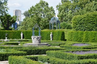 Kew Palace Gardens DSC_1732