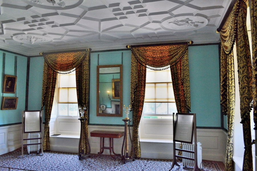 kew-palace-room-dsc_1716