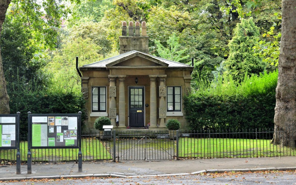 Gate House - Kensington Gardens