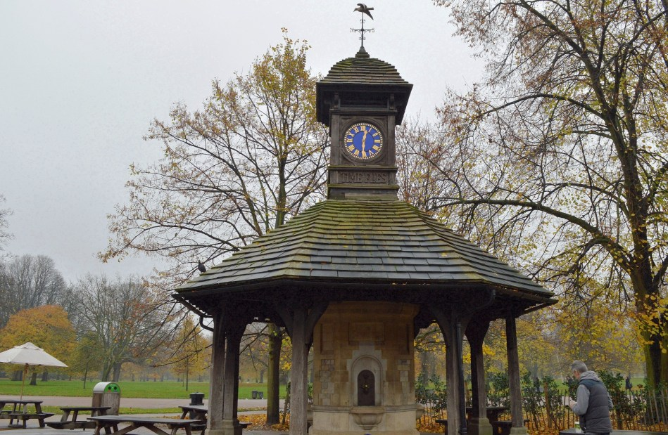 Clock Tower - Kensington Gardens