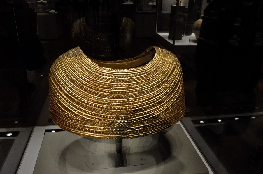 in search of the lost treasure of sutton hoo Browse sutton hoo treasure pictures, photos, images, gifs, and videos on photobucket.