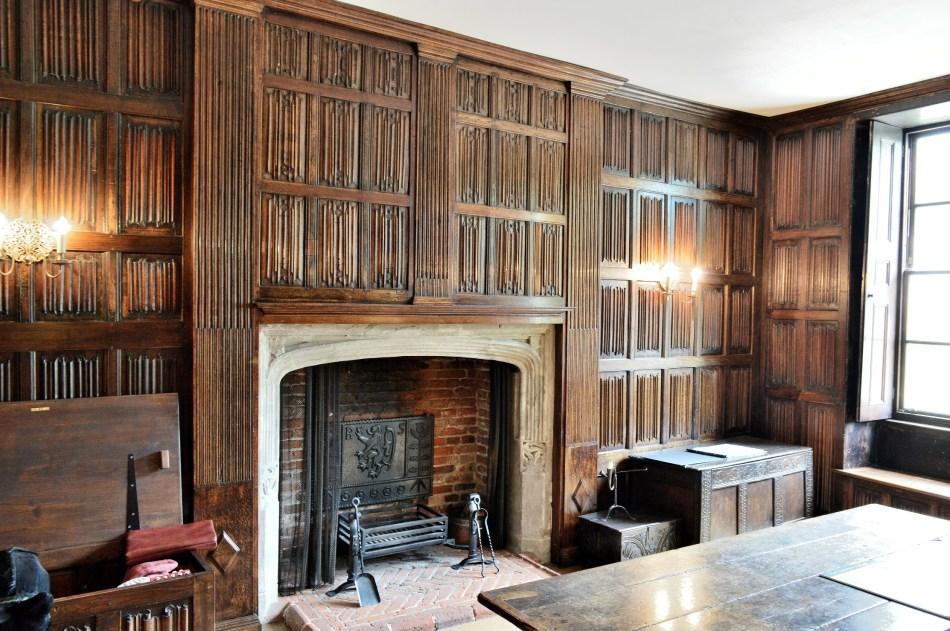 Sutton House Linenfold Parlour
