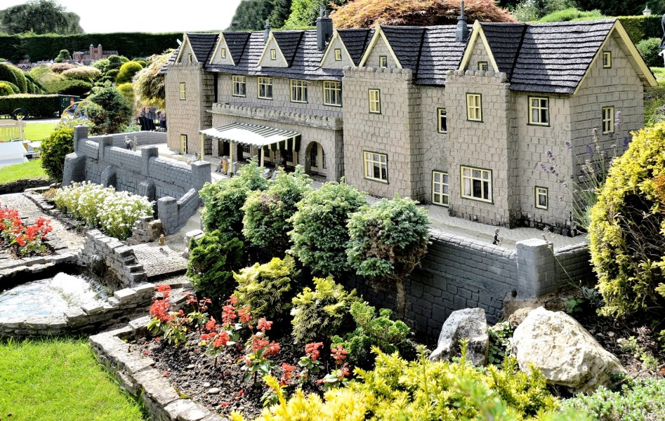 Bekonscot Model Village Hotel
