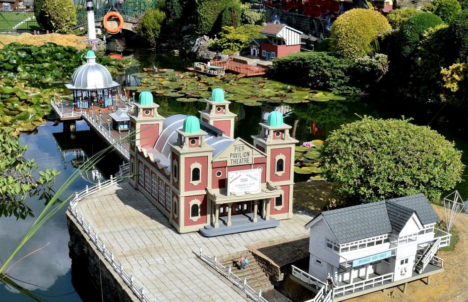 Bekonscot Model Village Pier