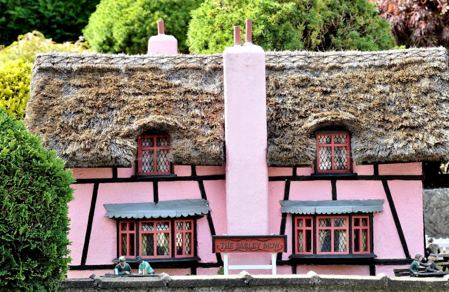Bekonscot Model Village Pub