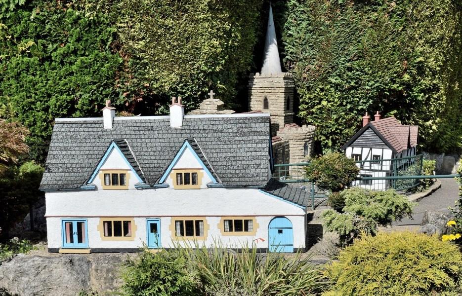 Bekonscot Model Village Vicarage