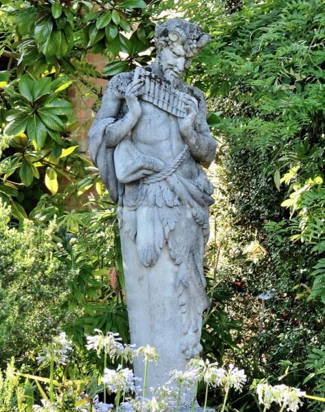 Pan at Wisley Gardens