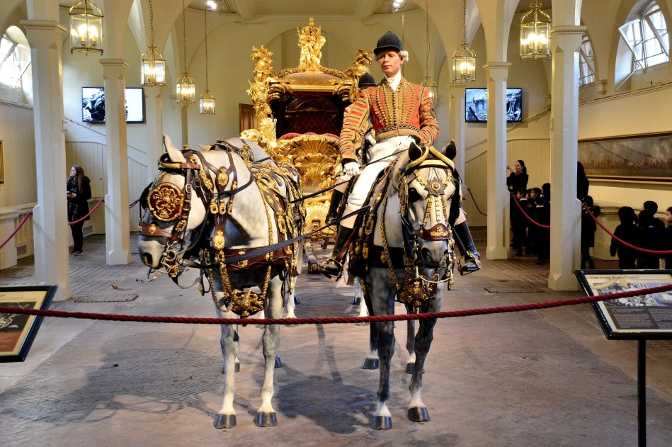 Coach and Horses at Royal Mews DSC_1374
