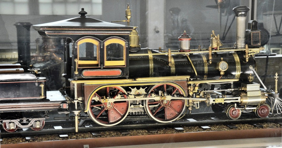 Model of American 4-4-0 Locomotive
