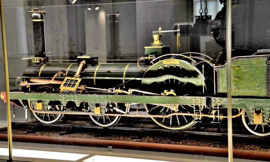 Model of Cramptons Locomotive