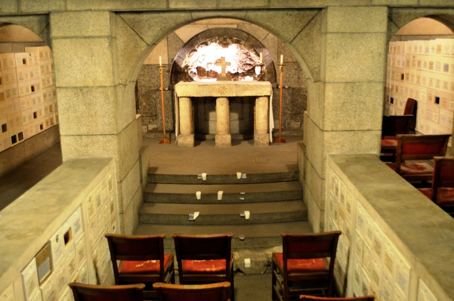 Crypt at All Hallows by the Tower