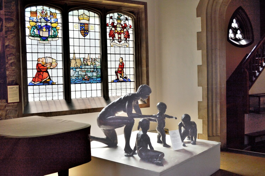 First Steps Sculpture by John Robinson at All Hallows by the Tower