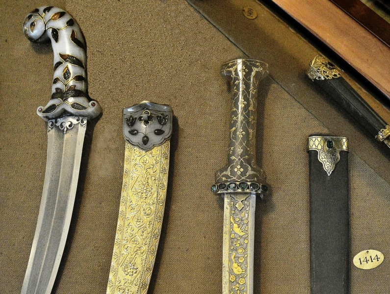 Wallace Collection Armoury Daggers 2