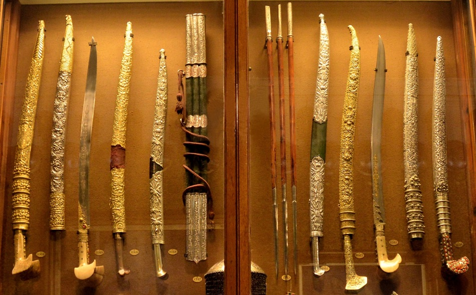 Wallace Collection Armoury Swords 2