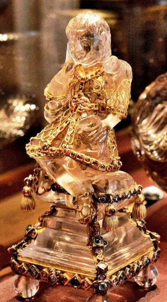 Wallace Collection Crystal Statuette