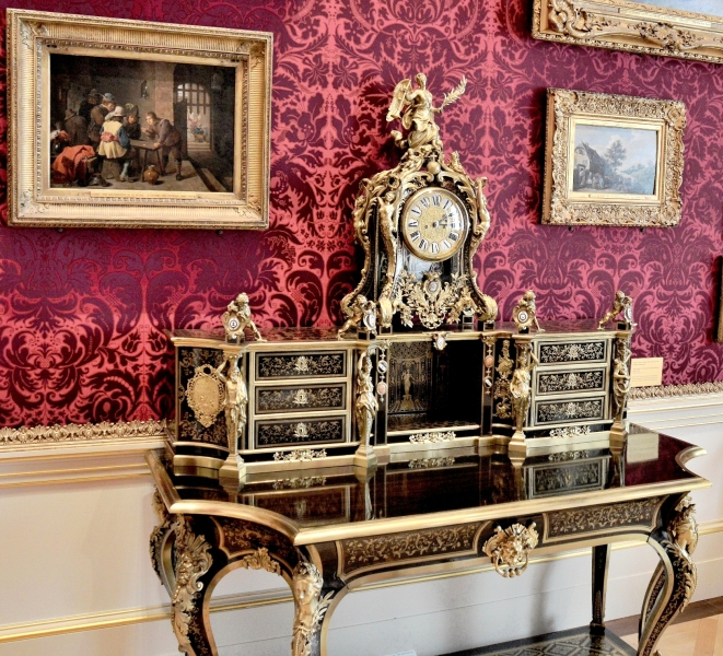 Wallace Collection Ornate Desk