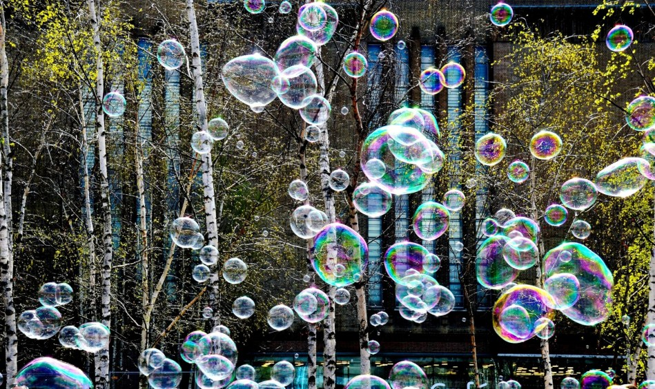 Bubbles on London's South Bank DSC_3088