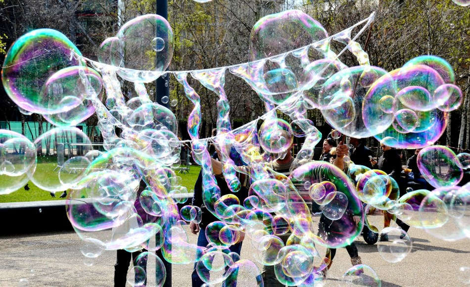 Bubbles on London's South Bank DSC_3113