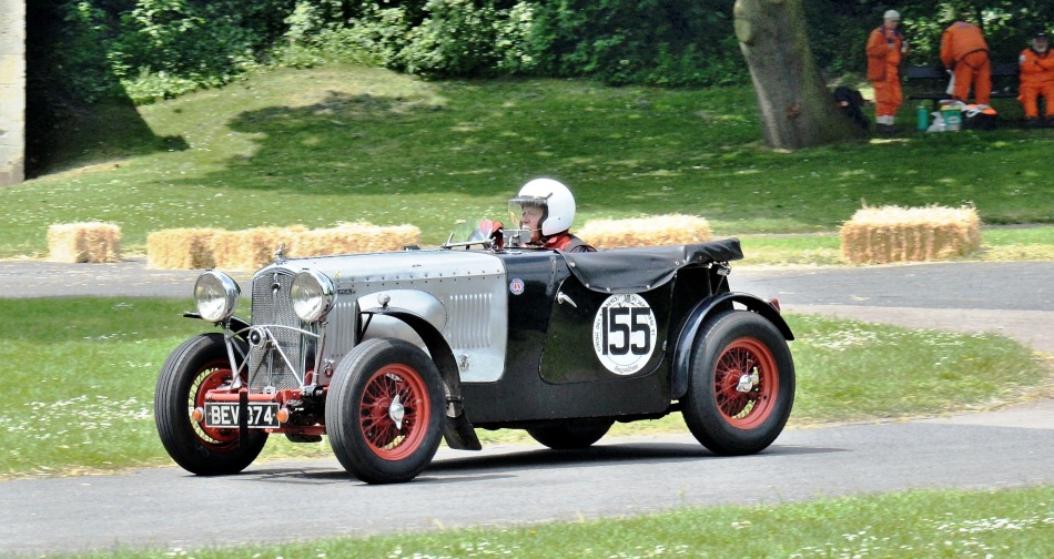 Crystal Palace Motorsport 2016 Race Cars Wolseley Hornet Special