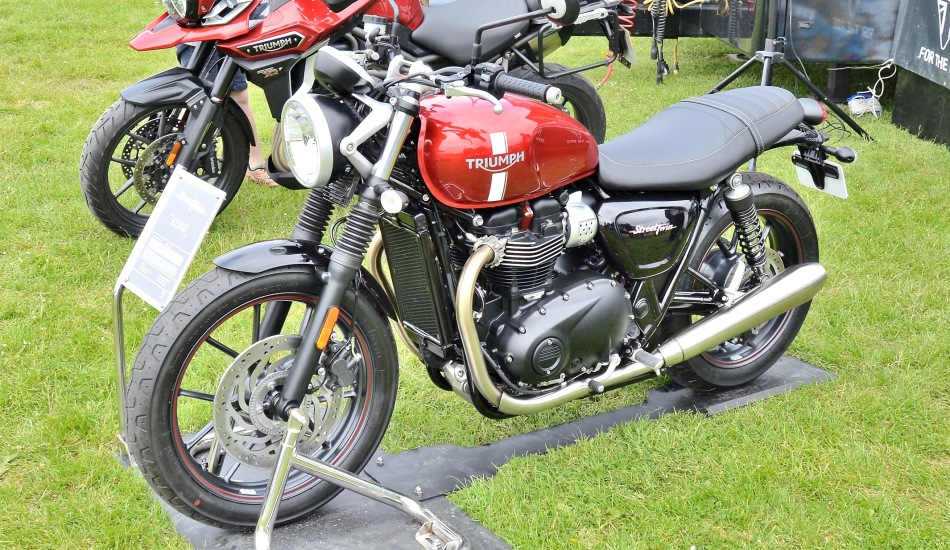 Crystal Palace Motorsport Motorcycles Triumph StreetTwin