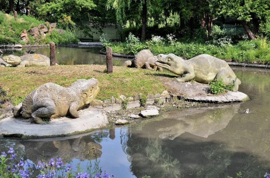 Crystal Palace Park Dinosaurs 4160