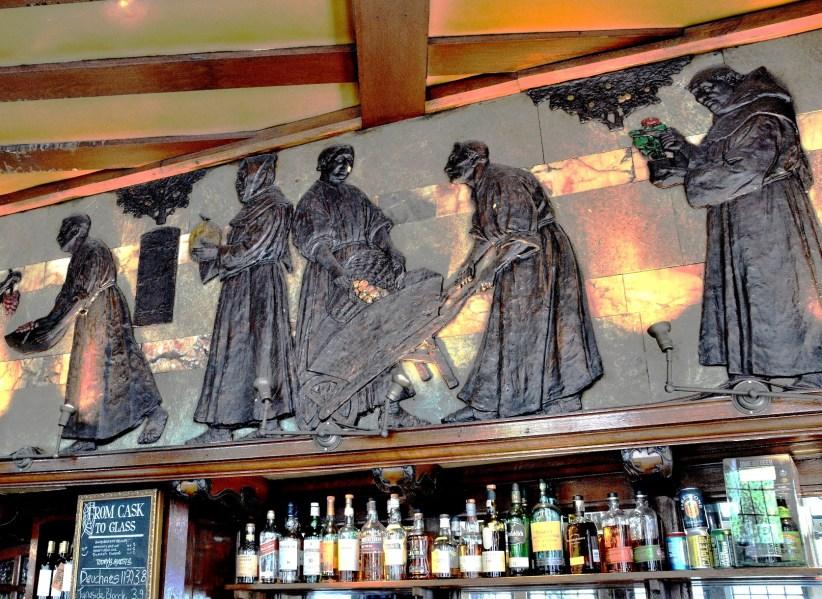 Blackfriars Pub Embossed Mural DSC_6161