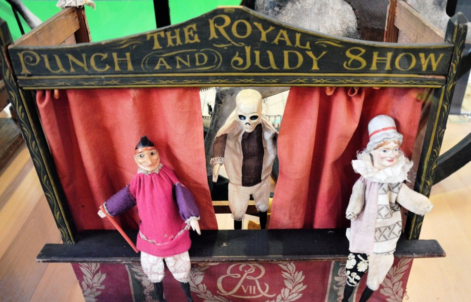 V & A Toy Museum Punch and Judy