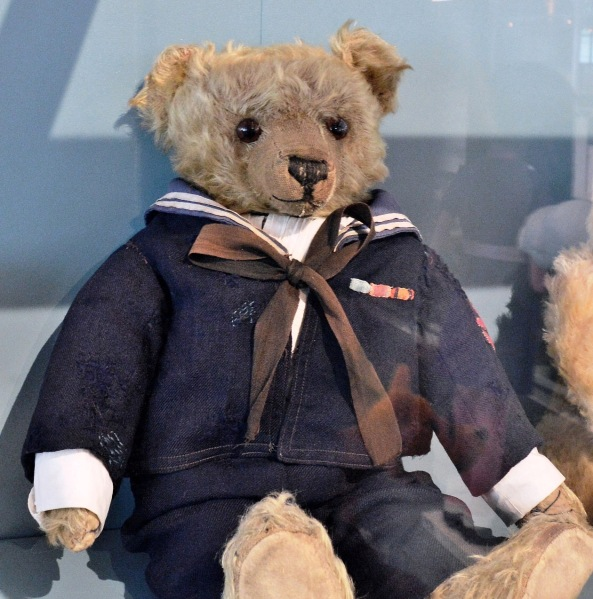 Victoria and Albert Museum of Childhood Sailor Bear