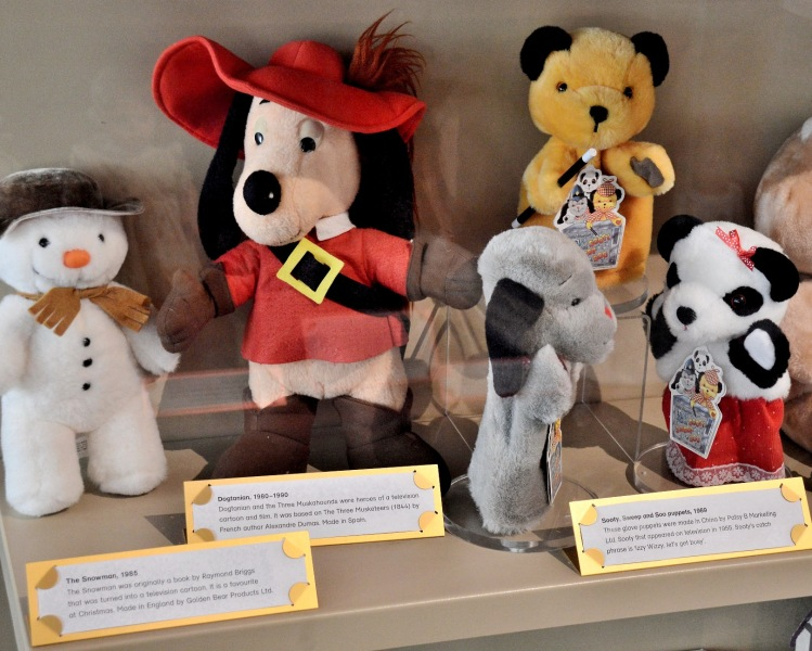 Victoria and Albert Museum of Childhood The Snowman, Dogtanian, Sooty, Sweep and Soo