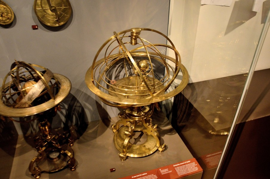 greenwich-royal-observatory-astrolabes-and-armillary-spheres