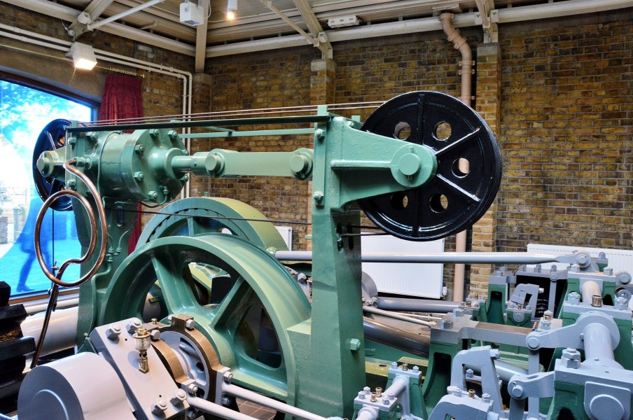 tower-bridge-bascule-drive-engine
