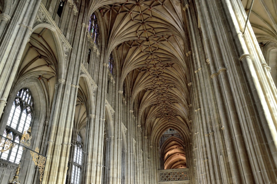 canterbury-cathedral-interior-nave-1