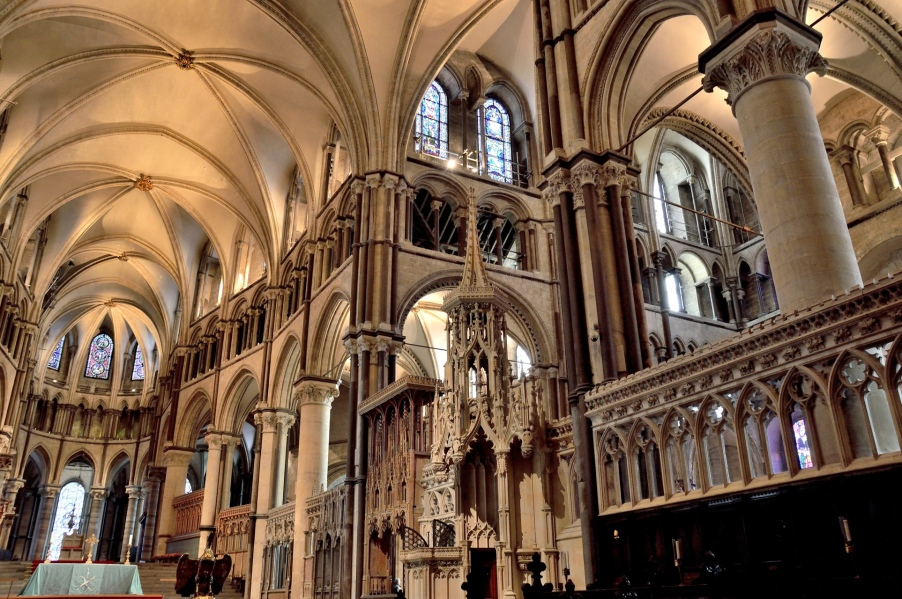 canterbury-cathedral-interior-quire-and-trinity-chapel
