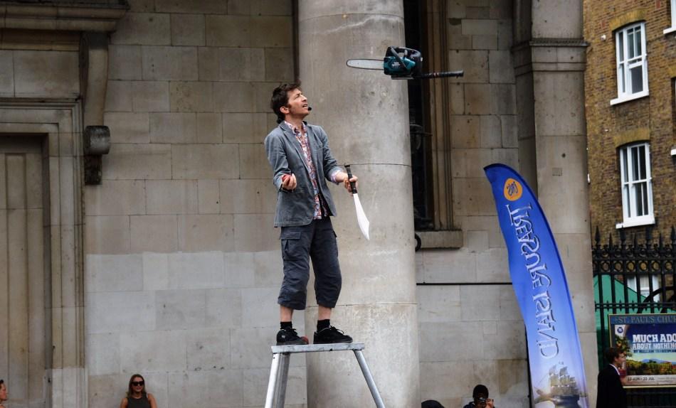 covent-garden-juggler