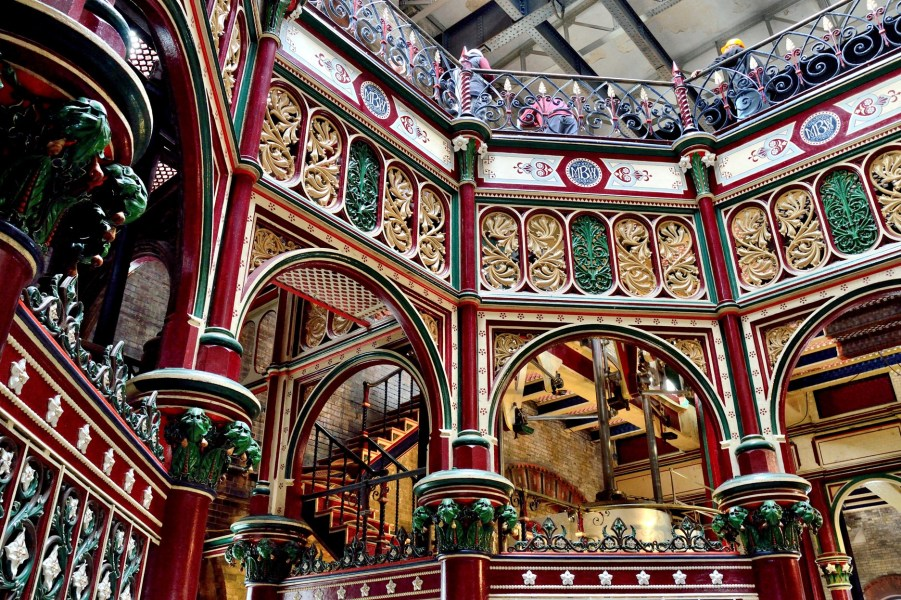crossness-pumping-station-ornate-ironwork-dsc_7487