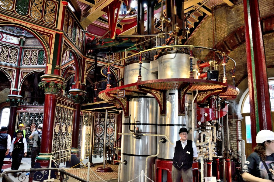 crossness-pumping-station-pressure-cylinders