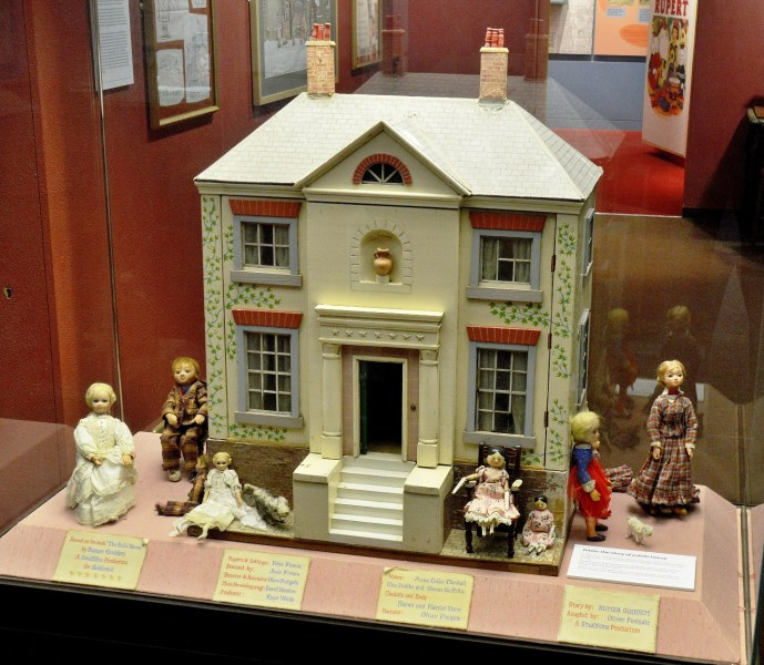 tottie-dolls-house-at-heritage-museum-in-canterbury-dsc_7632