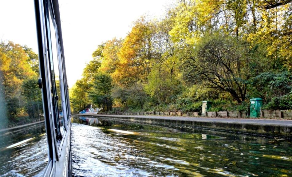 london-water-bus-regents-canal-dsc_8000
