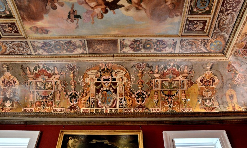 picture-ceiling-in-the-queens-house-at-greenwich