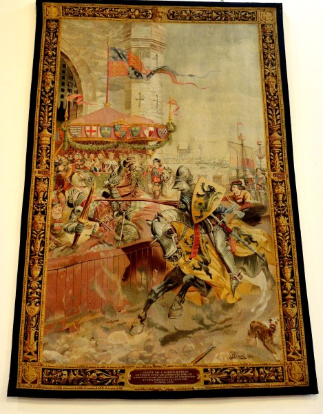 tapestry-in-the-upper-hall-at-the-guildhall-in-london