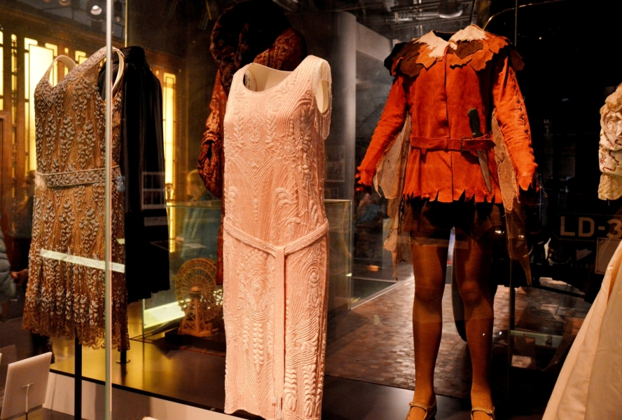 museum-of-london-dresses
