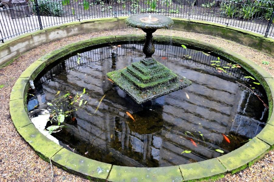 postmans-park-fountain