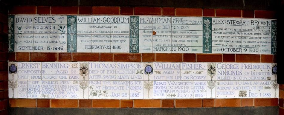 postmans-park-plaques-4